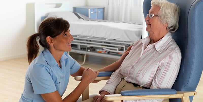 Hastanede Hasta Bakıcı